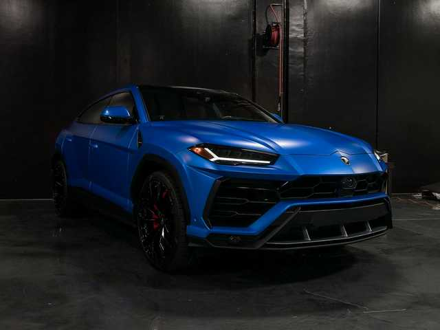 Lamborghini Urus - 3M Satin Perfect Blue Full Wrap